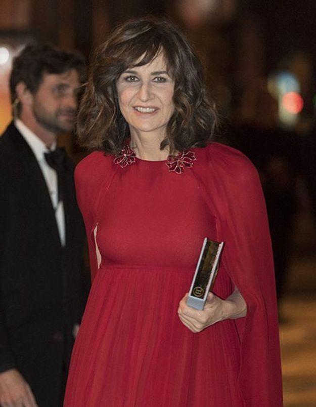 Valérie Lemercier « pas drôle » dans Les Visiteurs : elle garde un mauvais souvenir du tournage