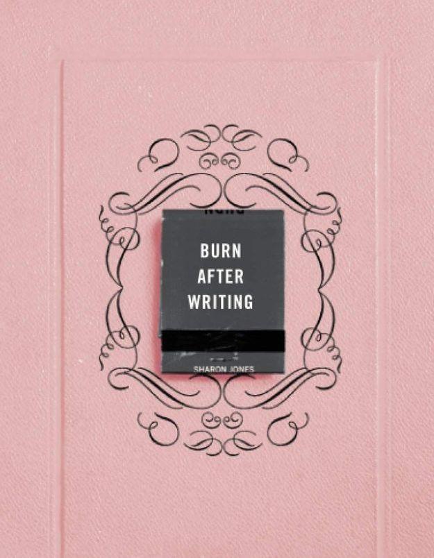 Burn After Writing : quel est ce livre en tête des ventes où « il n'y a rien à lire » ?