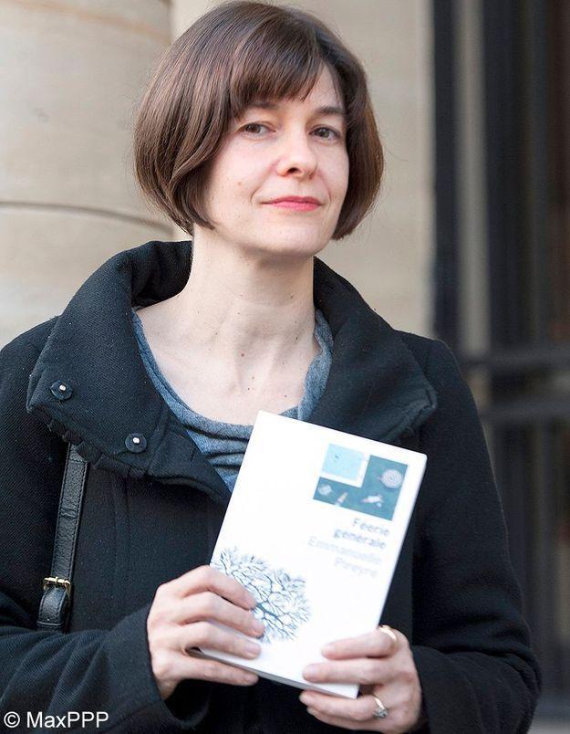 Emmanuelle Pireyre reçoit le prix Médicis