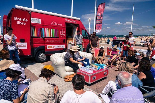 Le Camion qui livre : avec Virginie Grimaldi et Baptiste Beaulieu à Saint-Jean de Luz