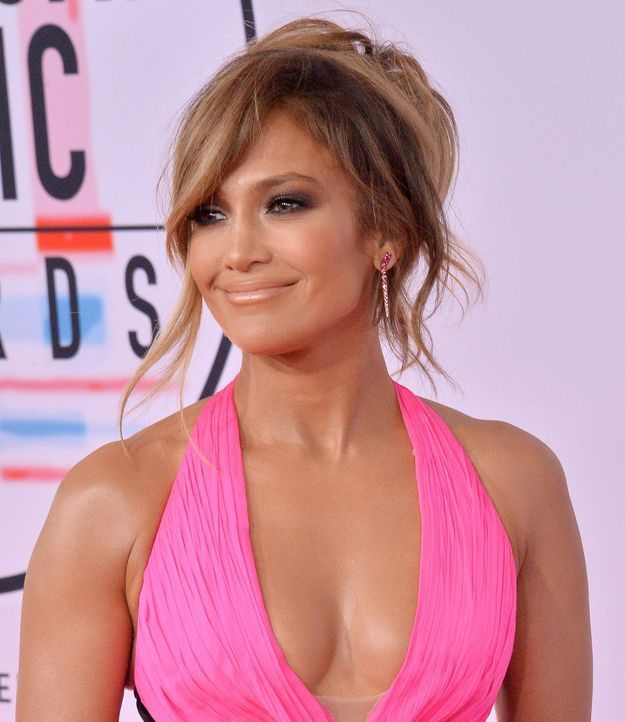 Jennifer Lopez  47 millions de dollars