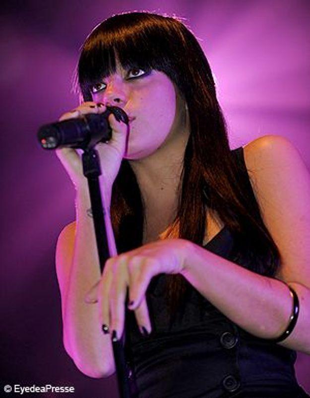 Écoutez le nouvel album de Lily Allen !
