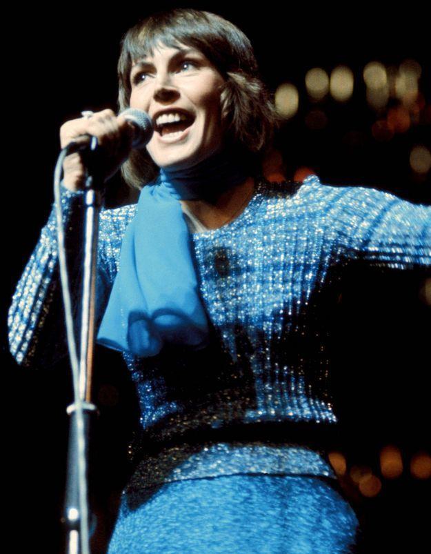 Helen Reddy : la voix de l'hymne féministe « I am woman » s'est éteinte