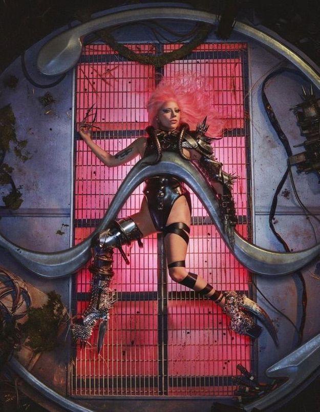 Lady Gaga annonce la nouvelle date de sortie de son prochain album Chromatica