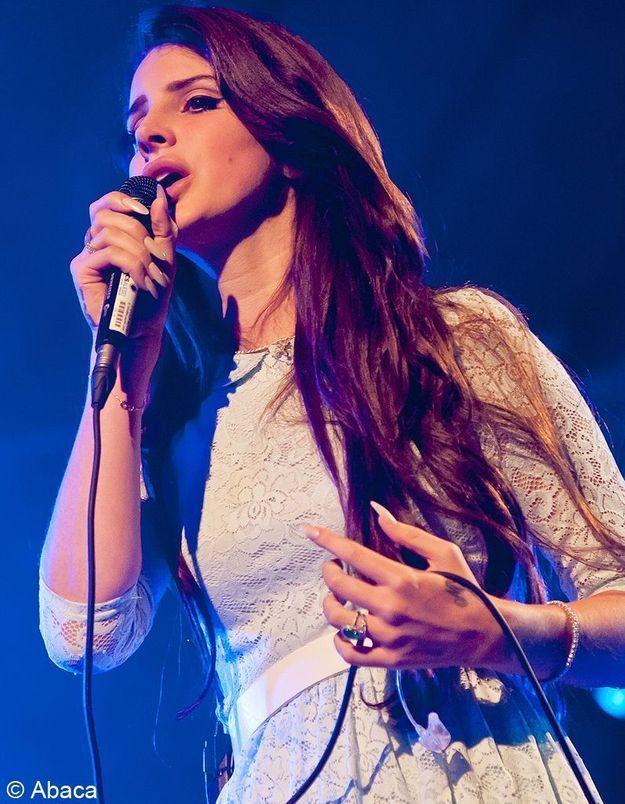 Lana Del Rey reprend un tube de « Nirvana » et se fait tacler par Courtney Love