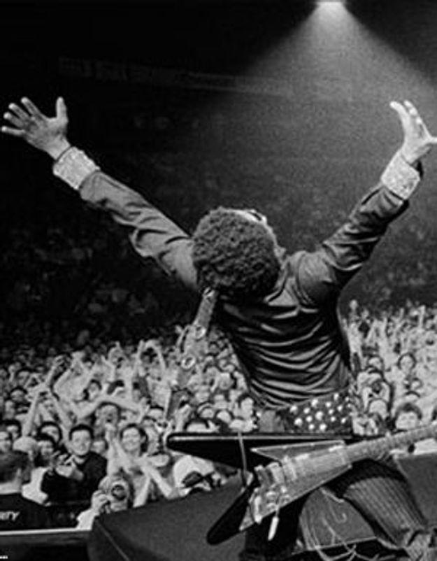 Lenny Kravitz célèbre 20 ans de carrière avec ses fans français