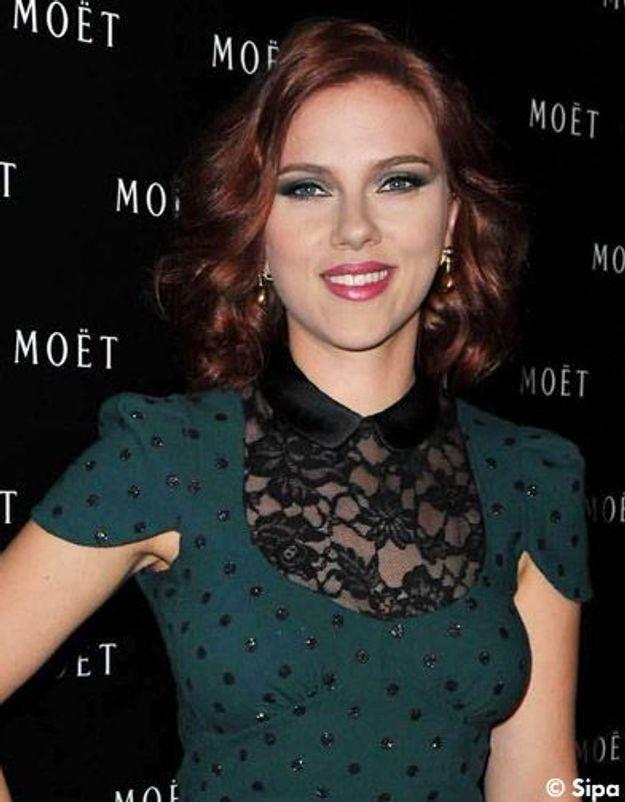 Scarlett Johansson enregistre un duo virtuel pour Noël