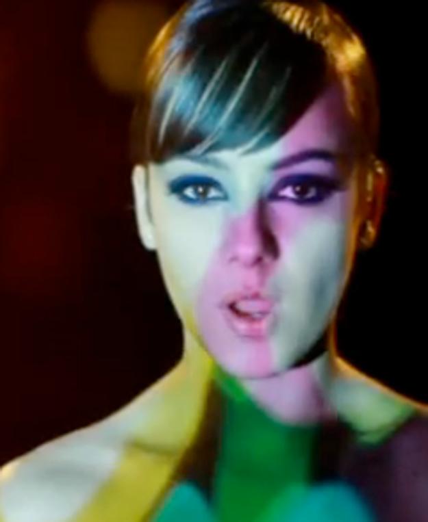 Vidéo: Alizée revient en femme fatale avec un clip electro !