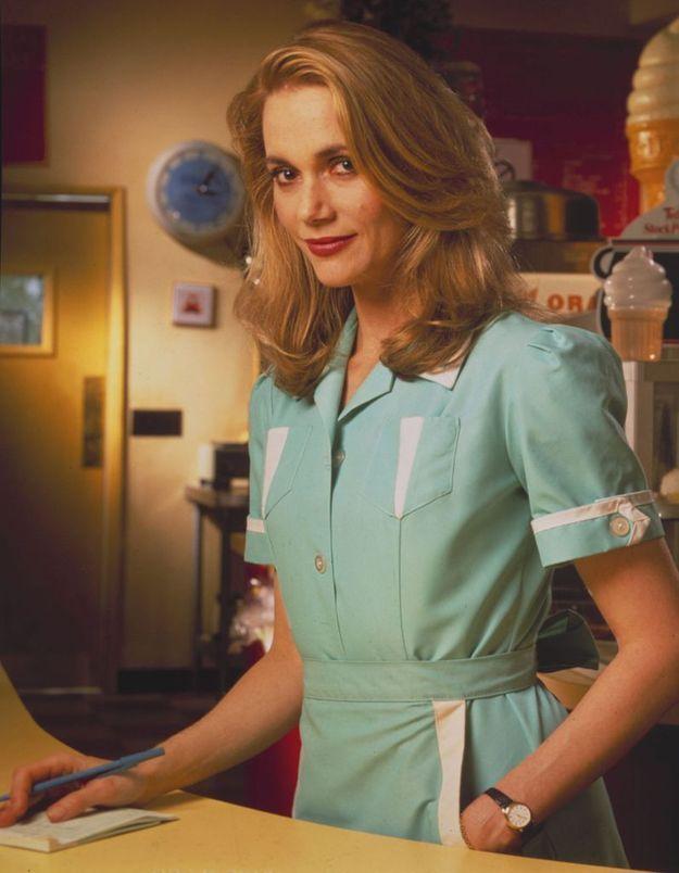 Peggy Lipton est Norma Jennings