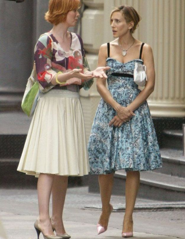 Les robes féminines de Miranda et Carrie dans Sex and the City
