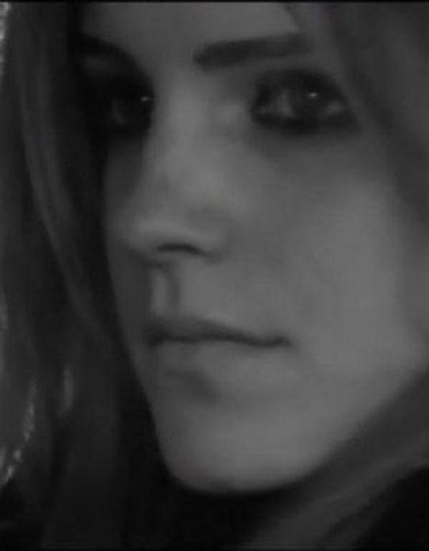 Emma Watson échange ses habits de sorcière pour le trench
