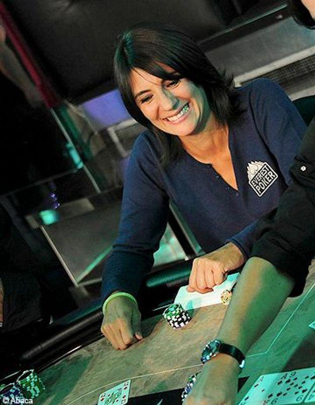 Estelle Denis animera sa passion du poker sur W9