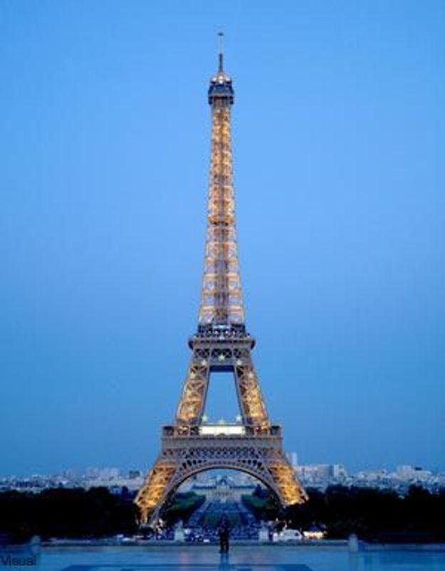 La Tour-Eiffel toujours prise en otage par des grévistes