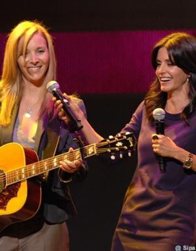 "Vidéo : les ex-Friends revisitent le hit ""Smelly cat"""