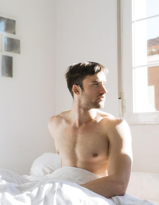 Pourquoi les hommes ont-ils une érection au réveil ?