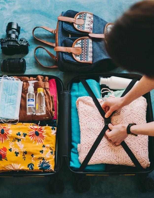 Ce que notre valise d'été dit de notre moi idéal