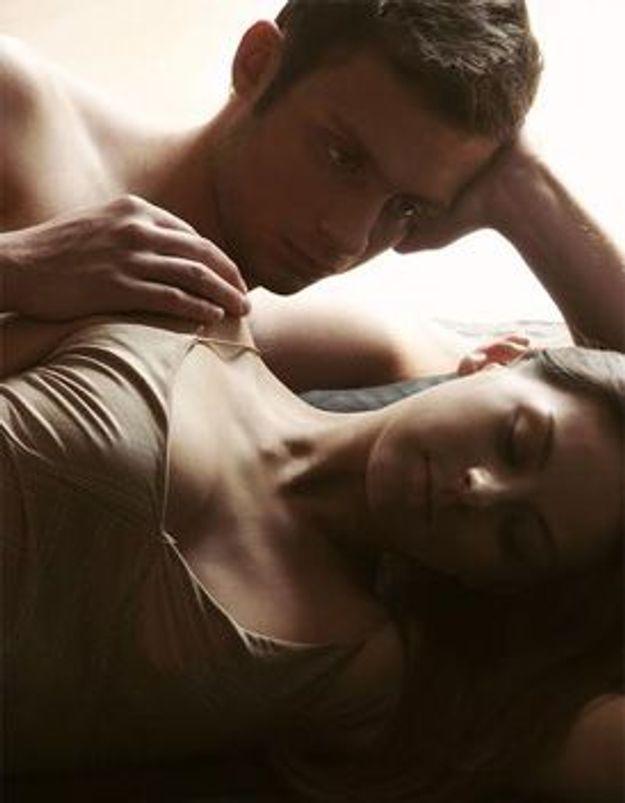 Nous avons une vie sexuelle épanouie mais mon mari aimerait essayer des relations à 3 avec une autre femme. Dois-je accepter ?