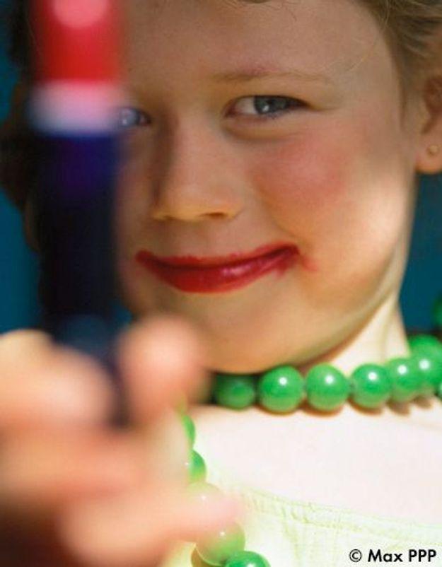 Hypersexualisation : quand les fillettes jouent aux femmes fatales