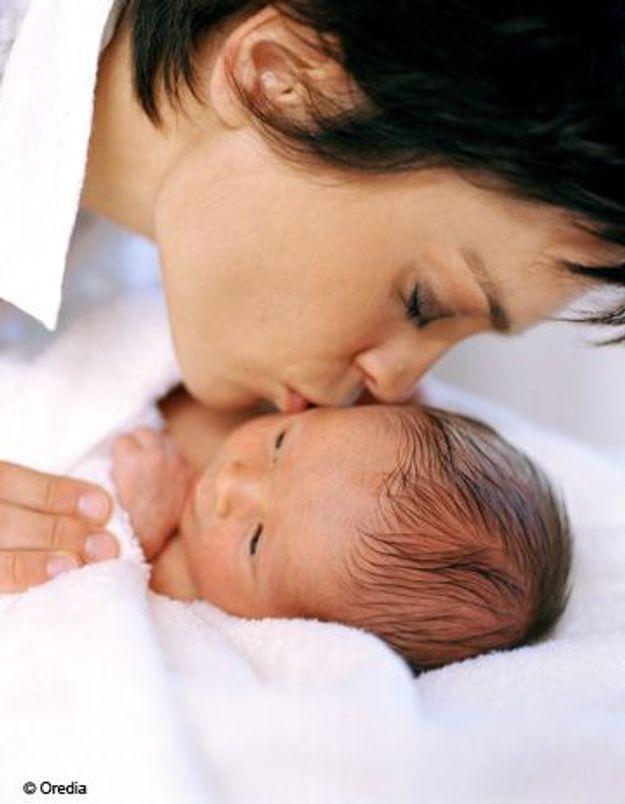 Etude : un bébé cajolé devient un adulte moins stressé
