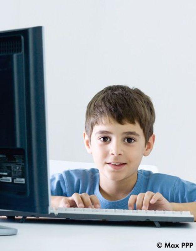 Les enfants accros à Internet