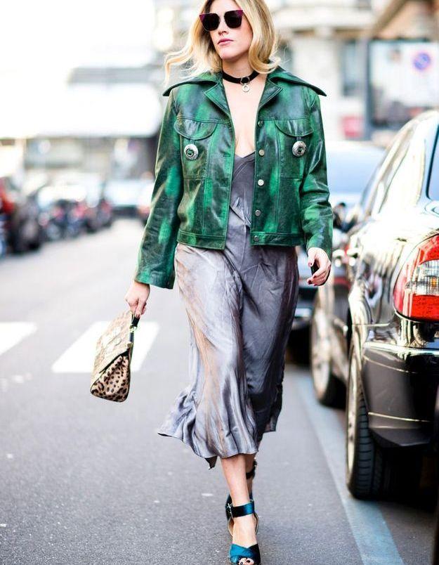 Mixer robe glamour et gros blouson