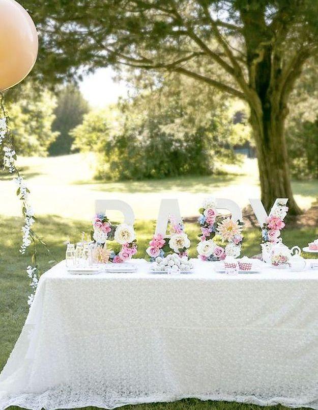 Décoration de table de mariage pour buffet