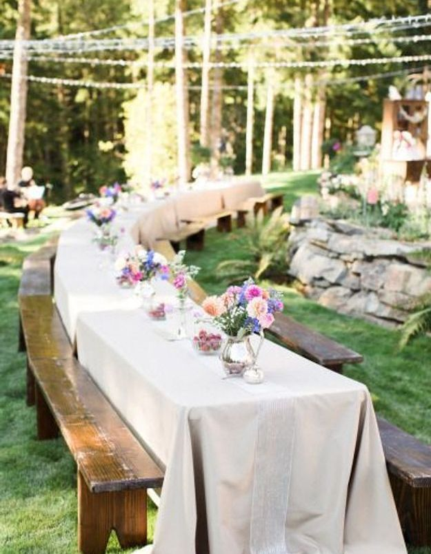 Dispositions de tables pour banquet quelle disposition - Disposition des verres sur une table ...