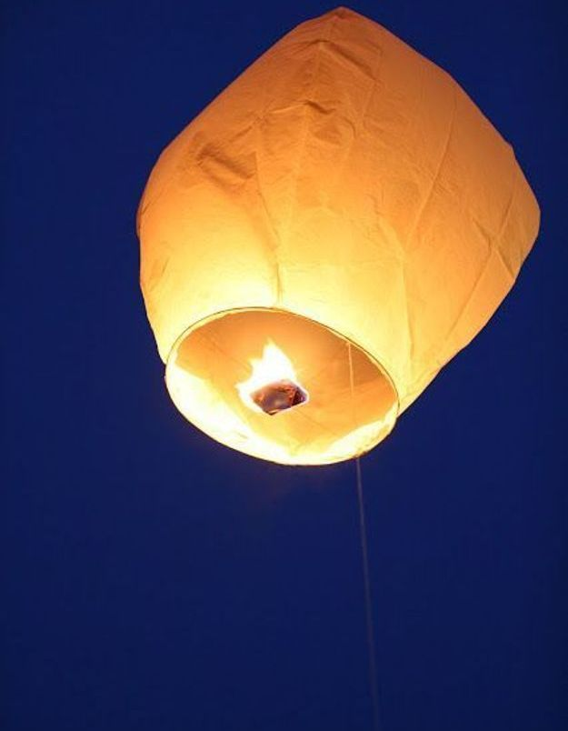 Lanterne volante papier