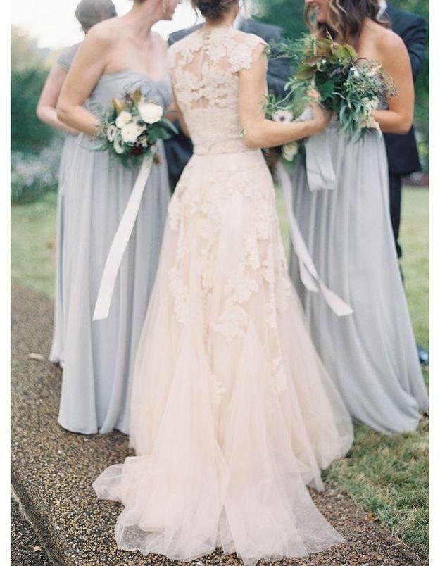 Robe de mariée dentelle ivoire