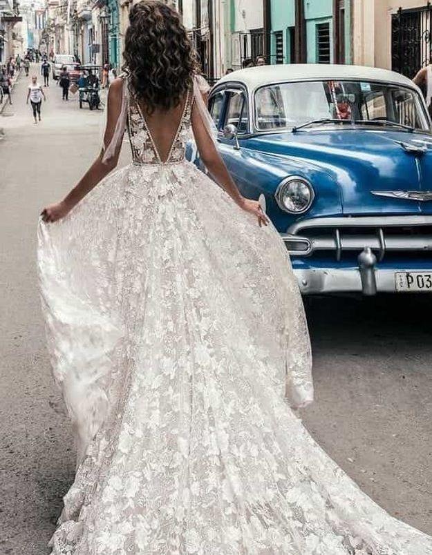 Robe de mariée princesse dentelle ancienne