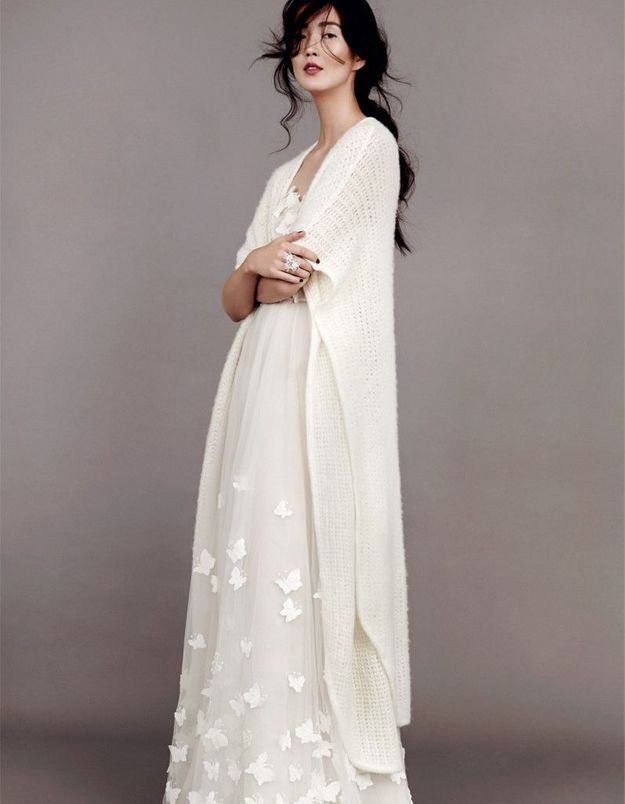 Robe de mariée d'hiver avec cardigan