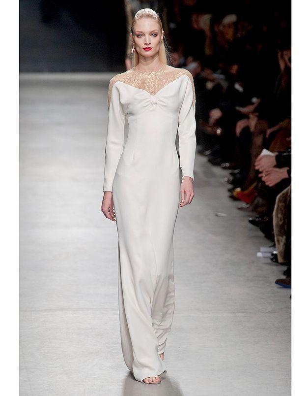 1fa9829624a La robe red-carpet d Alexis Mabille - Robes de mariée   30 silhouettes de défilés  pour s inspirer - Elle