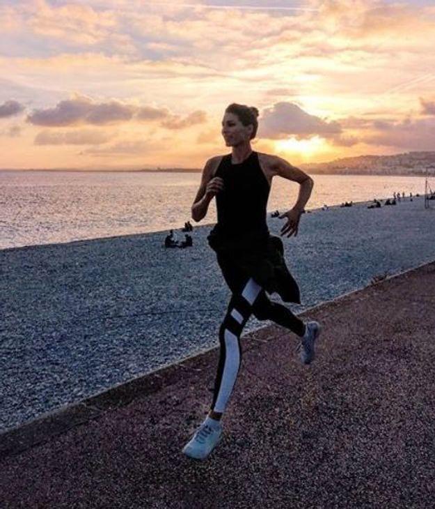 Laury Thilleman en plogging un jogging pour ramasser les déchets