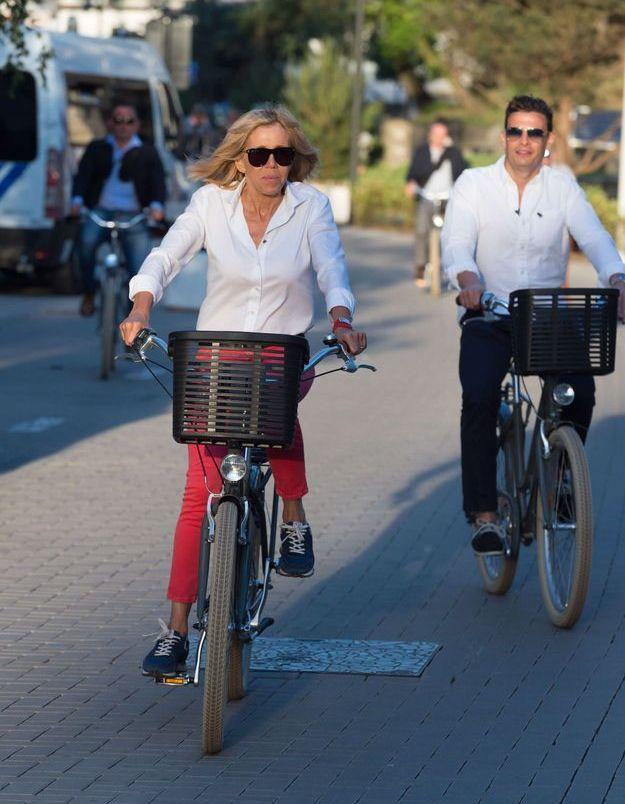 Brigitte Macron, le vélo un point c'est tout