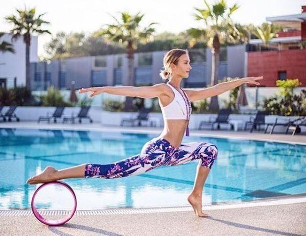 Tout savoir sur le Yoga Wheel aussi appelé roue de yoga - Elle 3cf9a3bbcca