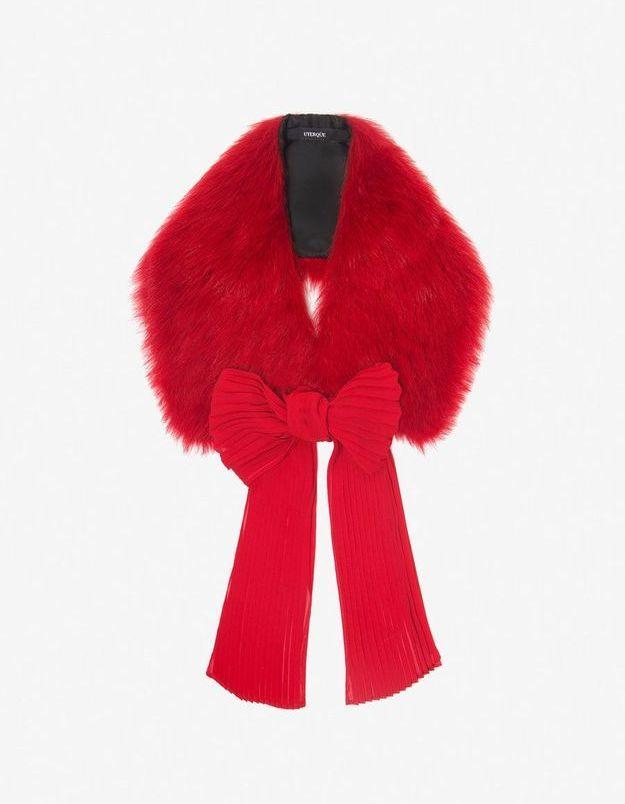 Col fourrure rouge Uterque