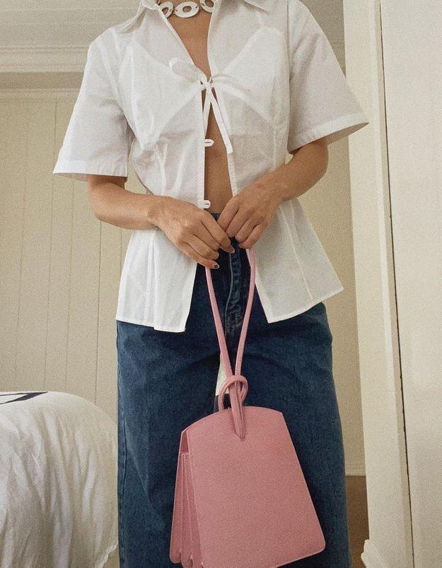 Covid-19 : voici pourquoi il est conseillé de nettoyer son sac à main