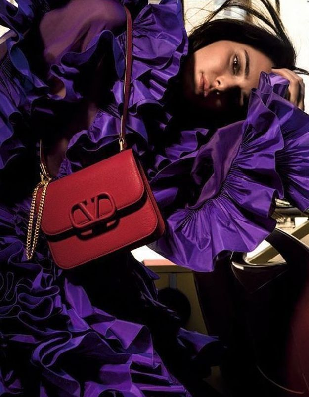 It-piece : les nouveaux sacs colorés de Valentino