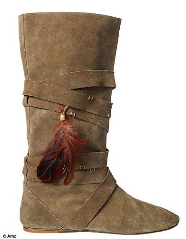 Mode guide shopping tendance look plumes bottes zadig voltaire