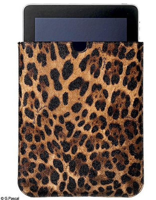Mode guide shopping tendance look high tech pochette ipad dolce gabbana
