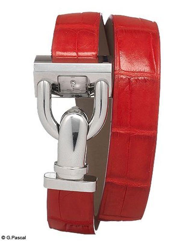 Mode guide shopipng tendance accessoires montres double tour van cleef arpels