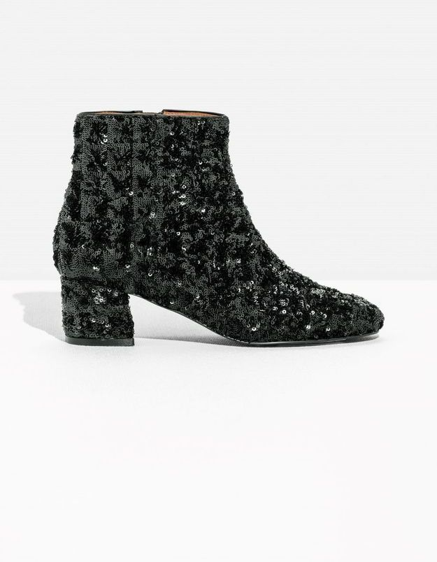 Bottines noires & Other Stories