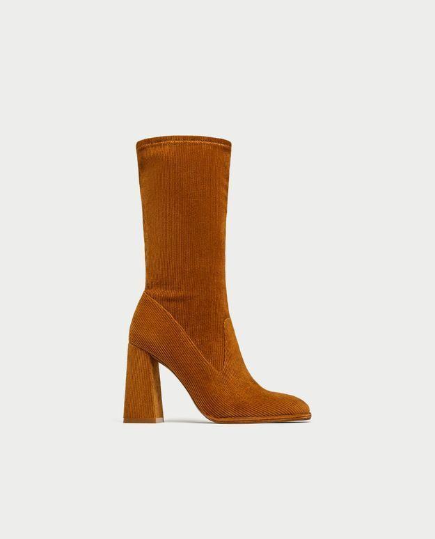 Bottines chaussettes en velours côtelé Zara