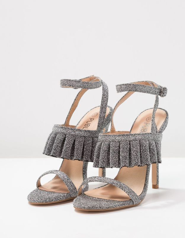 Chaussures sexy sandales à volants et paillettes Public Desire