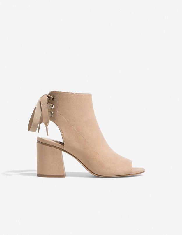 Chaussures sexy sandales ouvertes et lacées Stradivarius