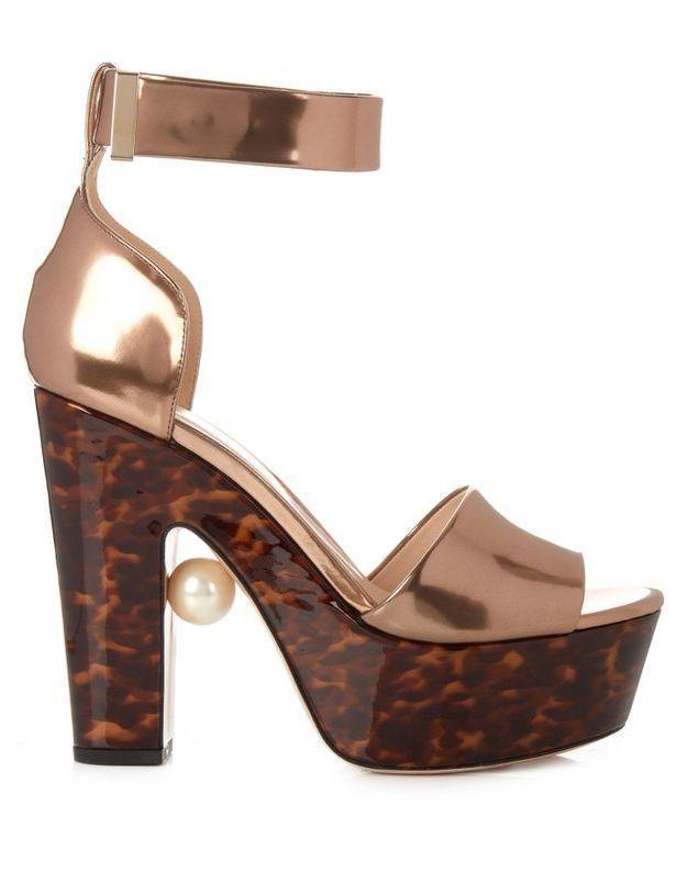 Grosses sandales tendance Nicholas Kirkwood