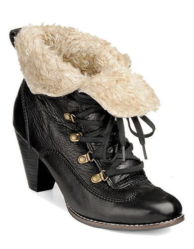 Mode guide shopping tendance look chaussures boots fourrees buffalo