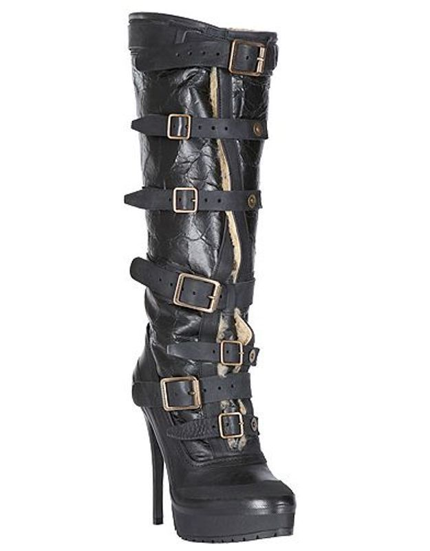 Mode guide shopping tendance look chaussures boots fourrees Burberry Prorsum