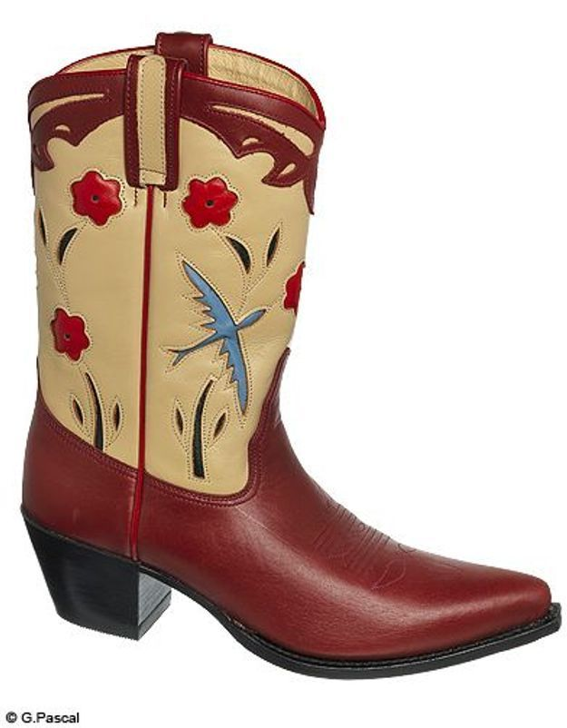 Mode guide shopping tendance look bottes santiags cow boy louisiana sendra
