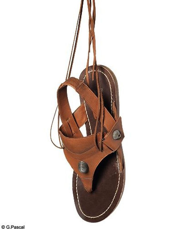 Mode guide shopping tenadance chaussures spartiates diesel black gold